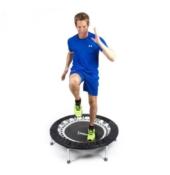 trampolin test - Mann beim Training für den Trampolin Test
